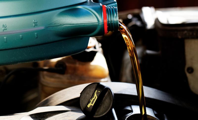 olej-auto-cechy